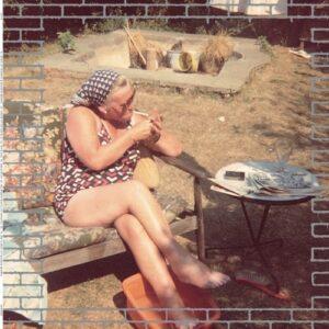Joy O - Slipping - HINF8682 - HINGE FINGER
