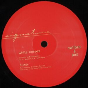 Calibre & DRS - Whitehorses / Living For - SIG026 - SIGNATURE